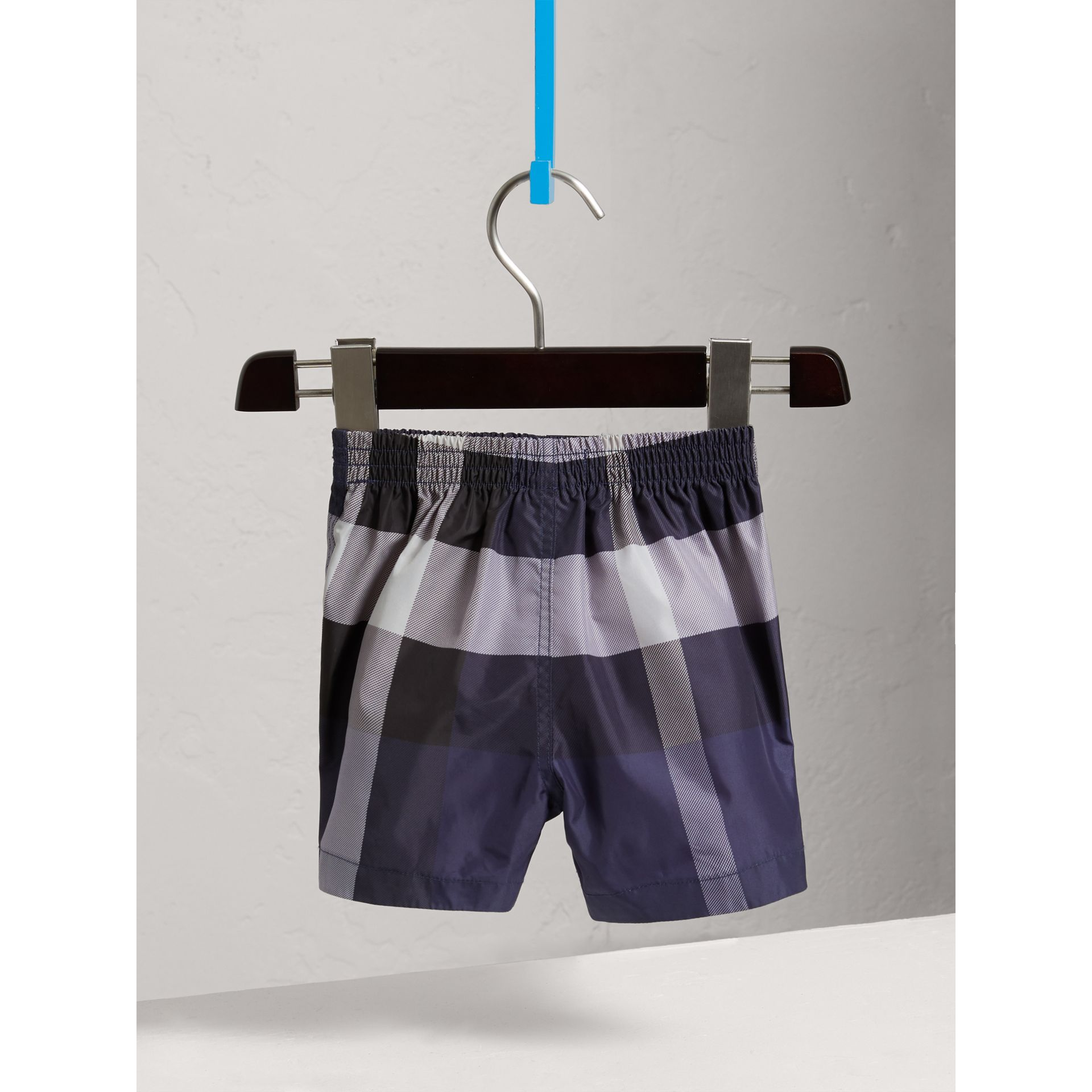 Short de bain technique à motif check (Encre) | Burberry Canada - photo de la galerie 3