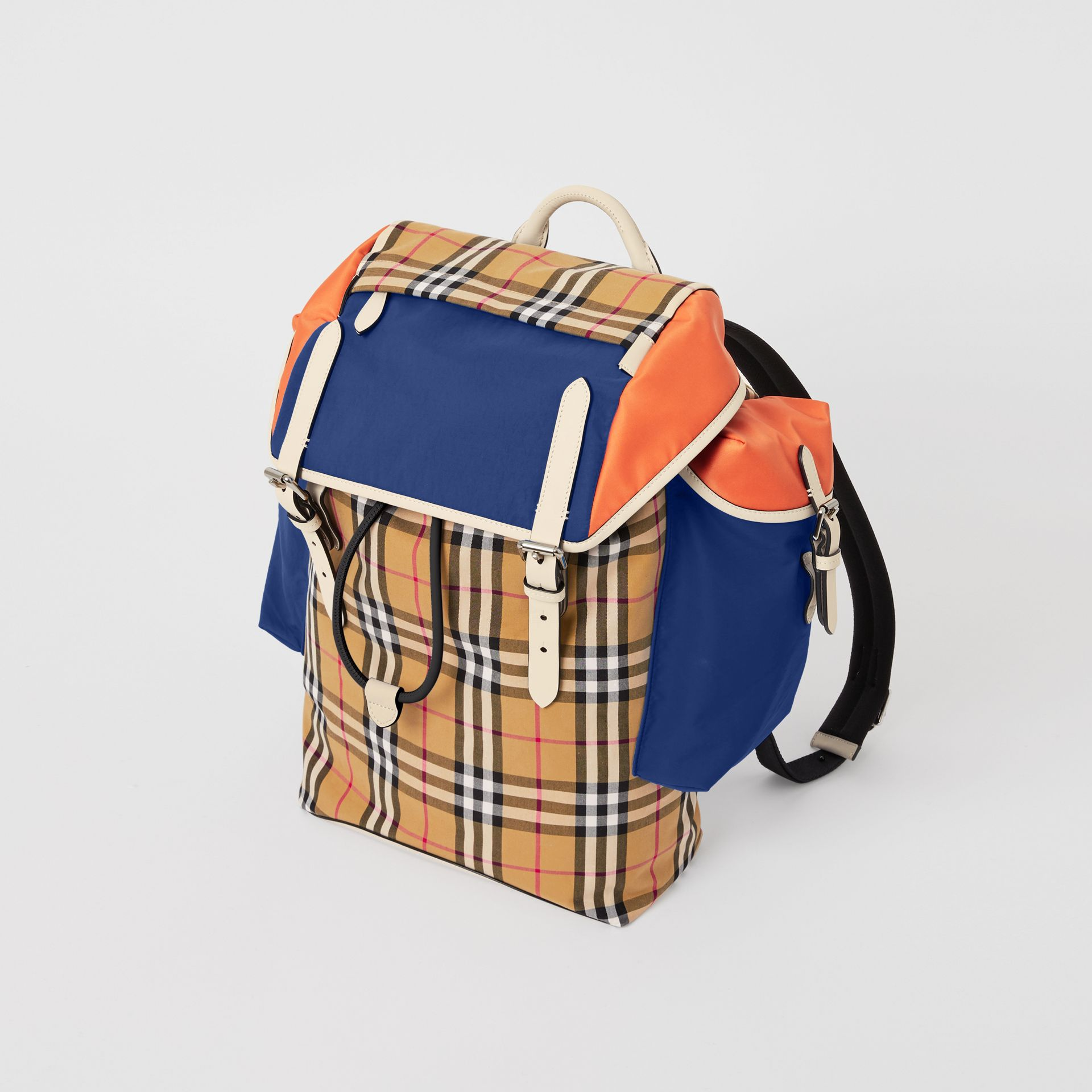 Colour Block Vintage Check and Leather Backpack in Cerulean Blue - Men | Burberry - gallery image 4