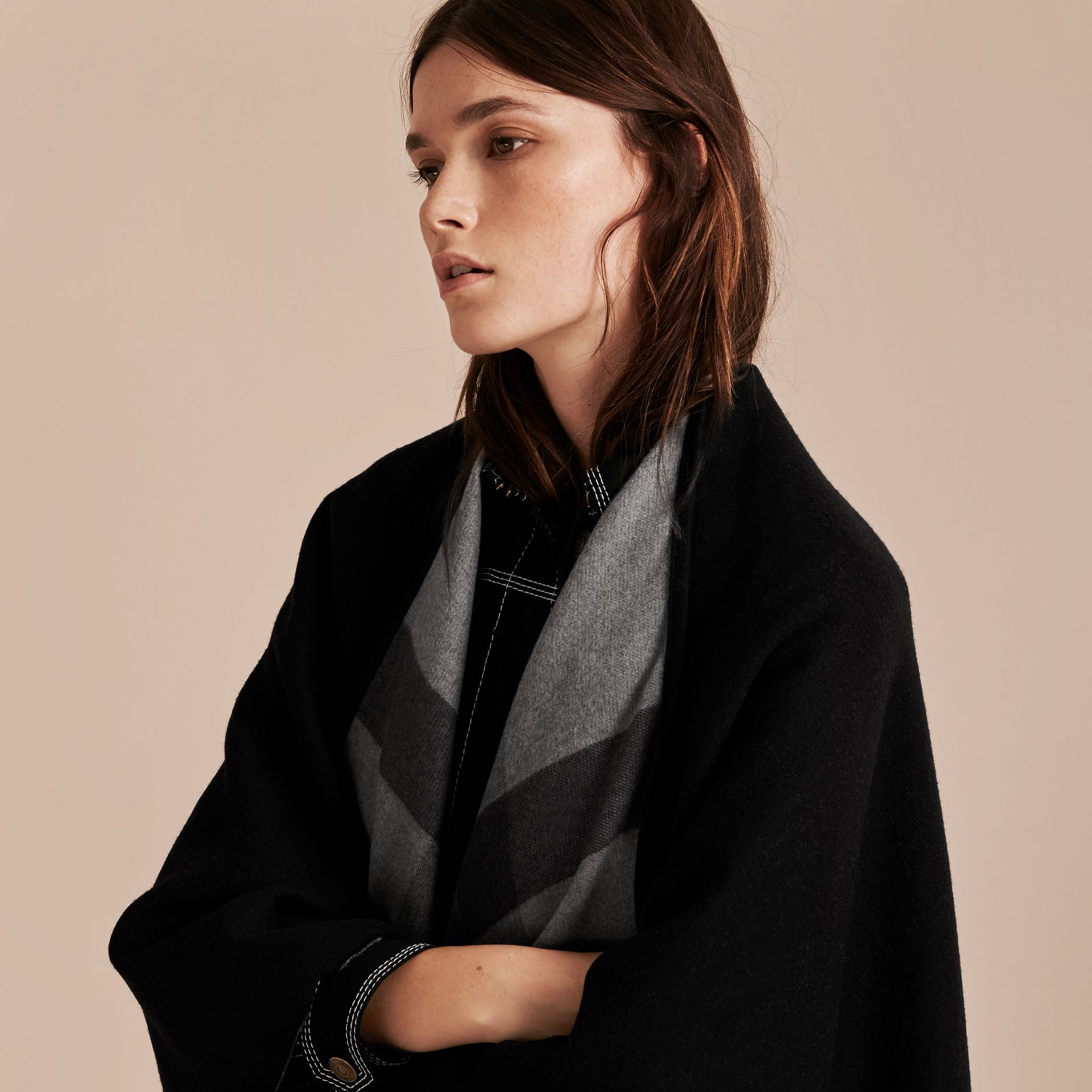 Check-Lined Wool Poncho in Charcoal - Women | Burberry - gallery image 4