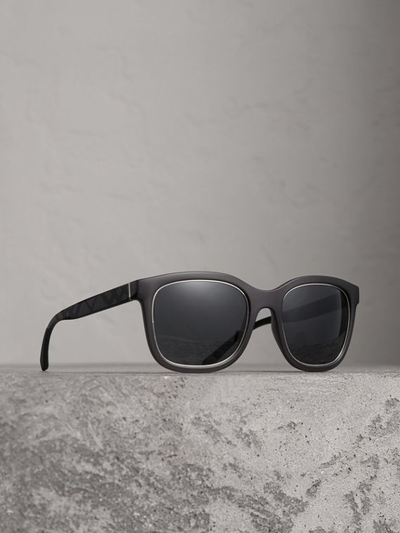 Embossed Check Detail Square Frame Sunglasses in Dark Grey