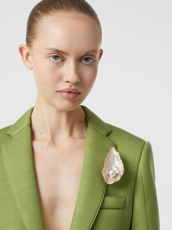 Resin Pearl Detail Gold-plated Oyster Brooch in Light Gold/pearl - Women | Burberry Singapore - cell image 2