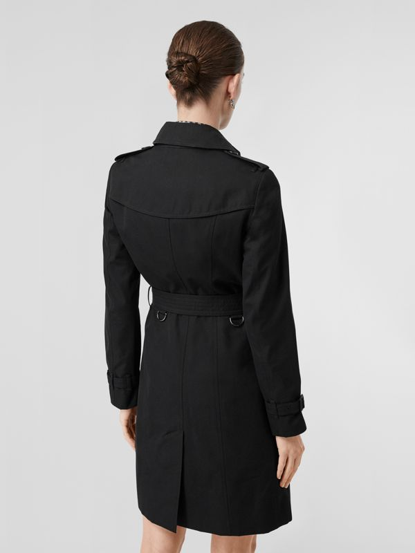 The Sandringham – Long Trench Coat in Black - Women | Burberry Singapore - cell image 2