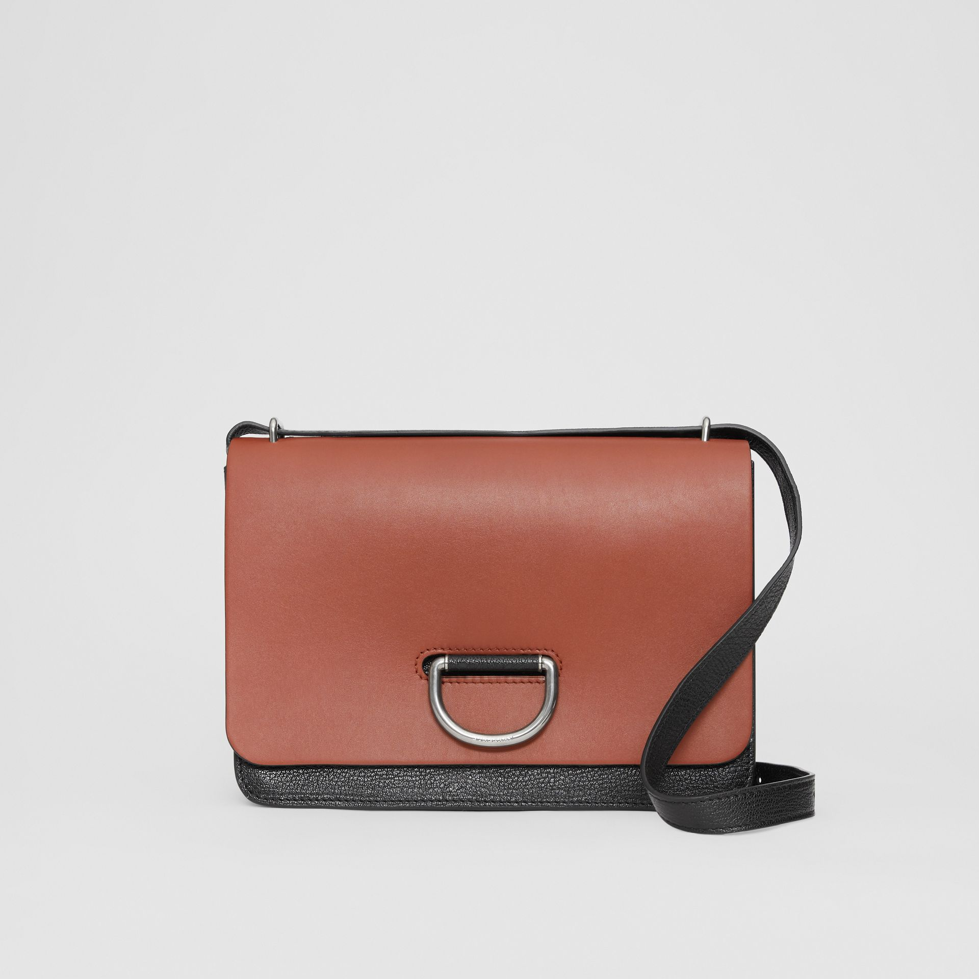 The Medium Leather D-ring Bag in Tan/black - Women | Burberry United Kingdom - gallery image 0