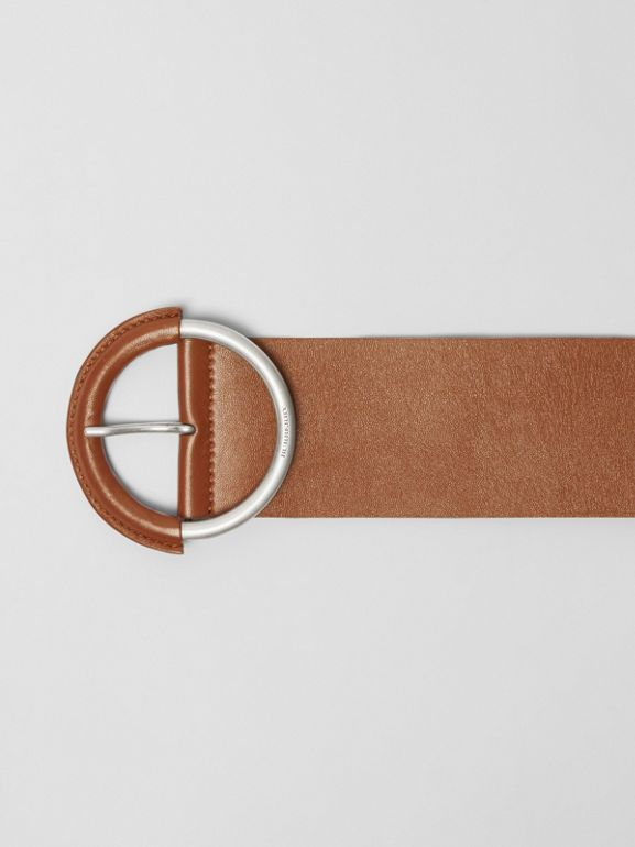 Round Buckle Leather Belt in Tan - Women | Burberry - cell image 1