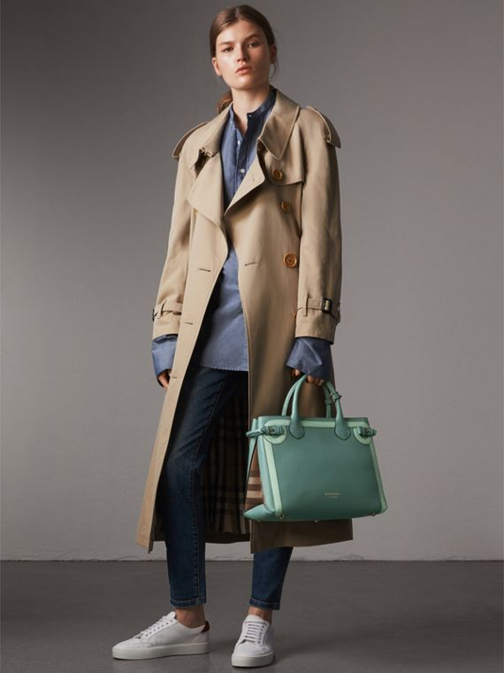 The Medium Banner in Leather with Tonal Appliqué in Celadon Blue - Women | Burberry - cell image 2