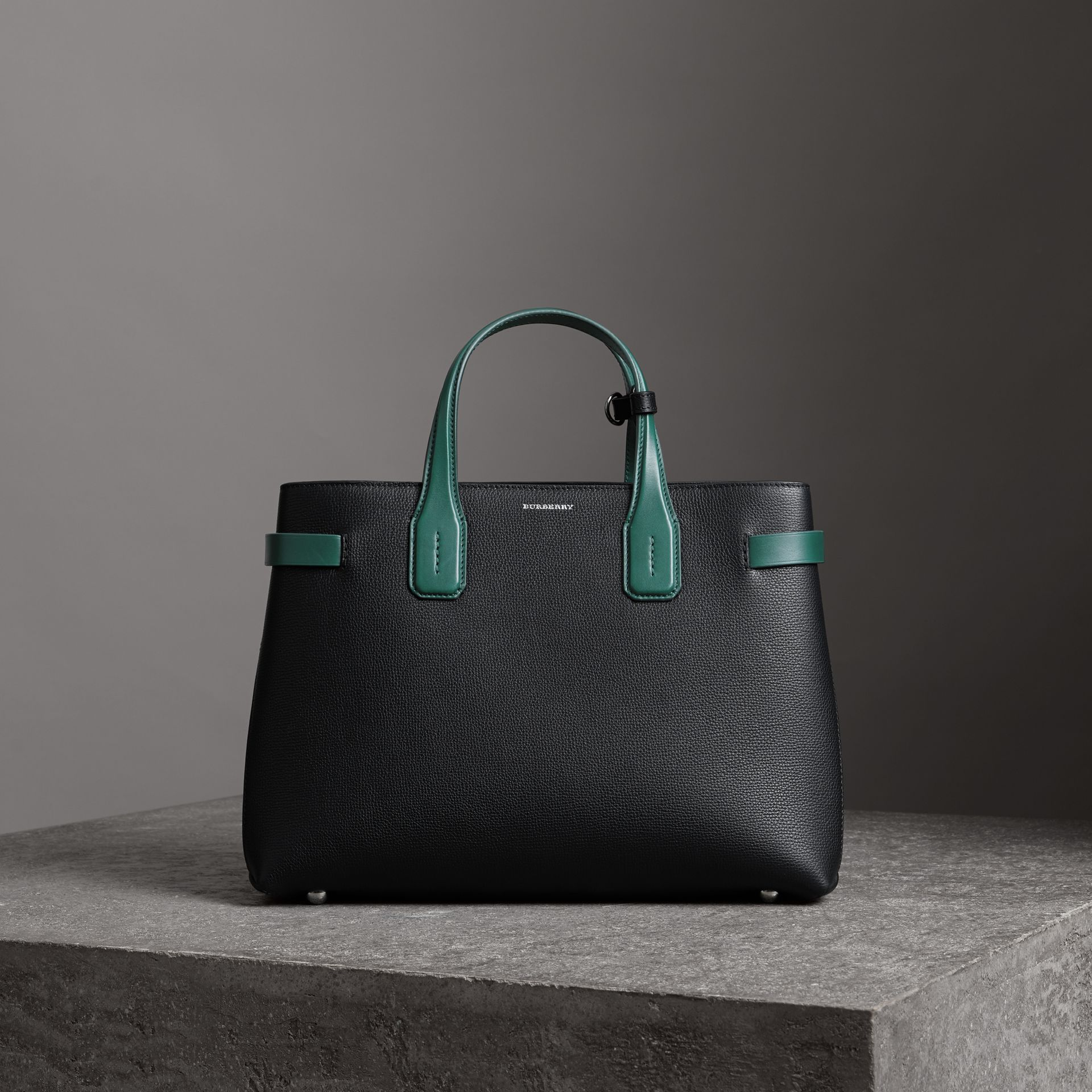 The Medium Banner in Two-tone Leather in Black/sea Green - Women | Burberry - gallery image 6