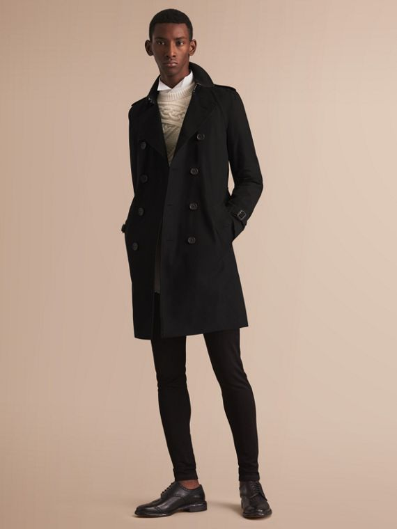 The Kensington – Long Heritage Trench Coat in Black - Men | Burberry Australia