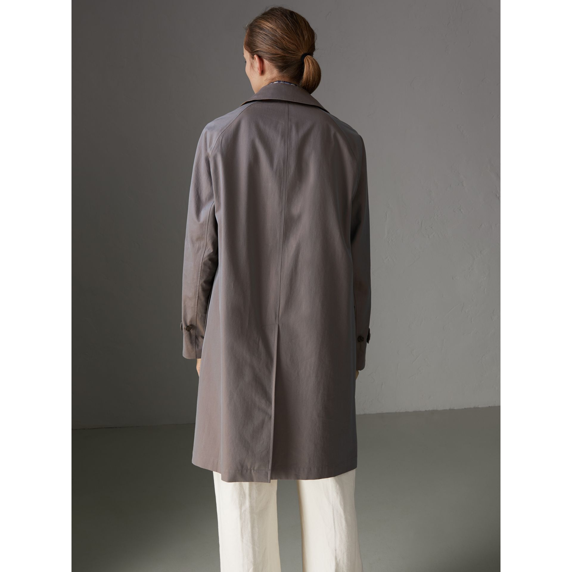 Car Coat The Camden (Gris Lilas) - Femme | Burberry - photo de la galerie 2