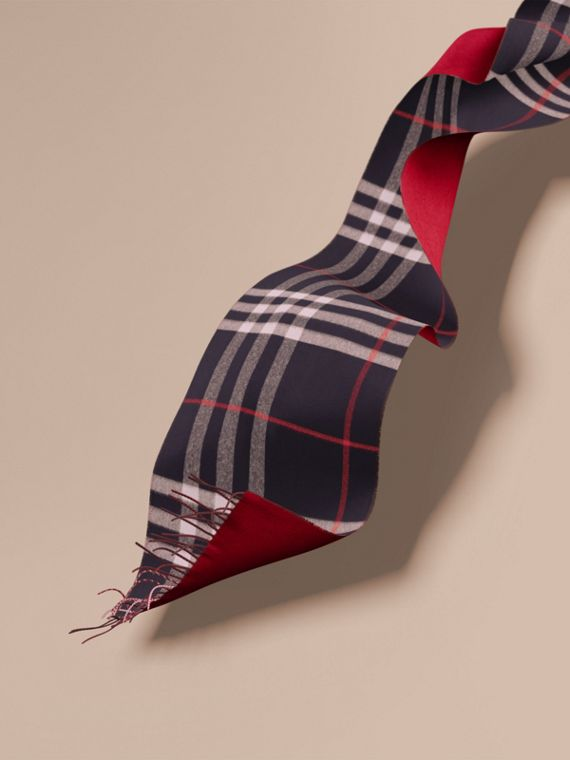 Reversible Check Cashmere and Block-colour Scarf Navy