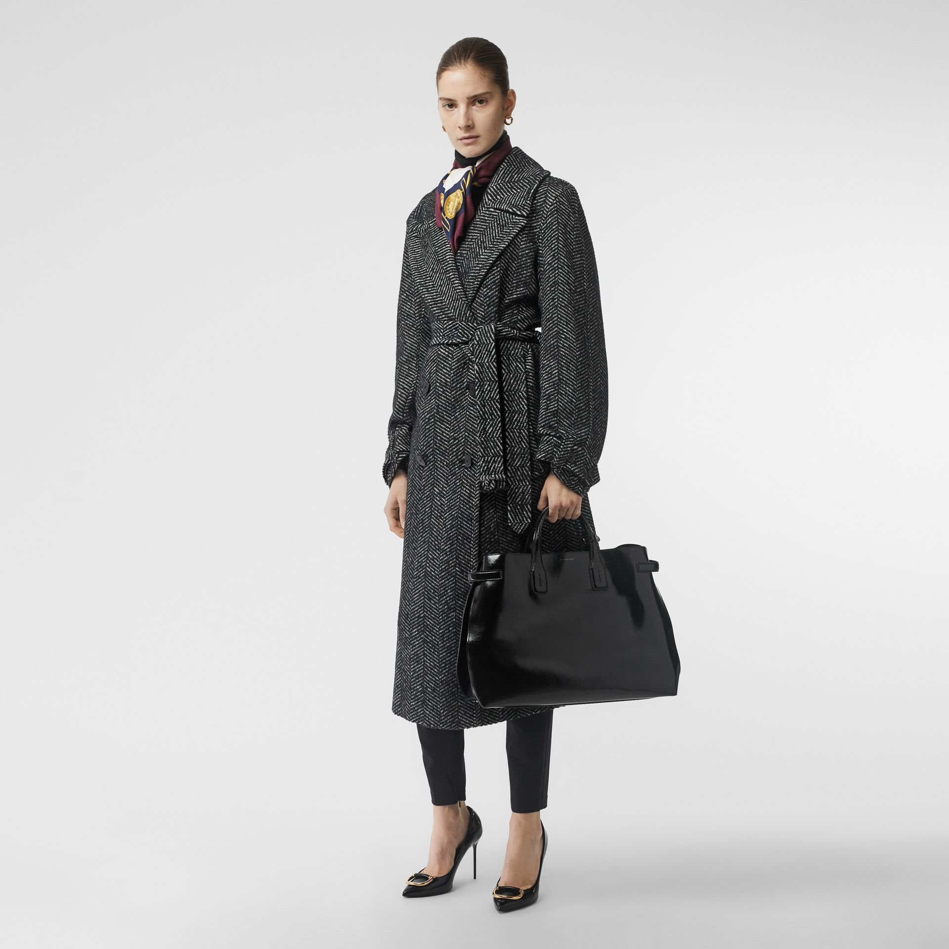 The Large Soft Leather Banner in Black - Women | Burberry United States - gallery image 5
