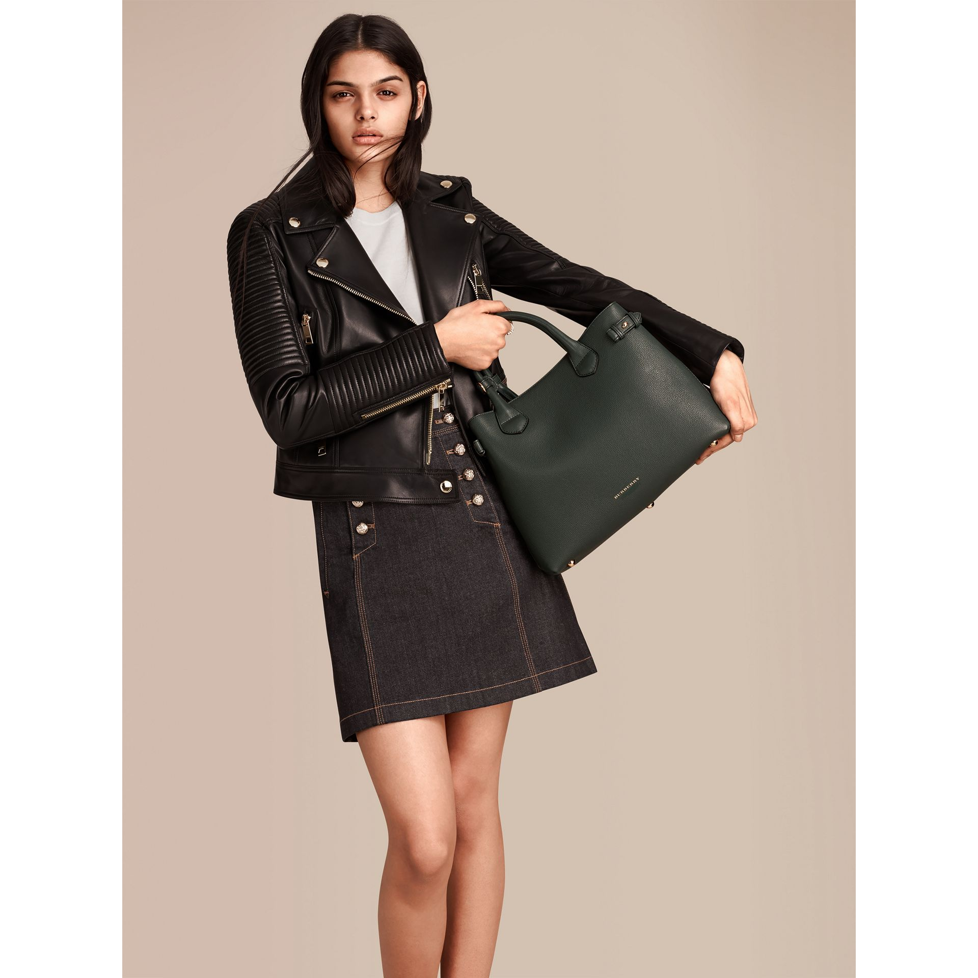 The Medium Banner in Leather and House Check in Dark Bottle Green - Women | Burberry Singapore - gallery image 3