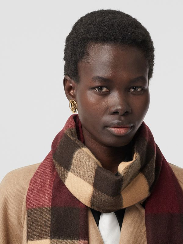 Check Cashmere Scarf in Burgundy | Burberry - cell image 2