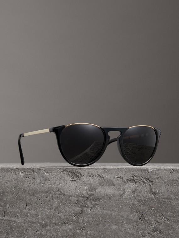 Fliegersonnenbrille mit rundem Gestell und Schlüssellochsteg (Schwarz)