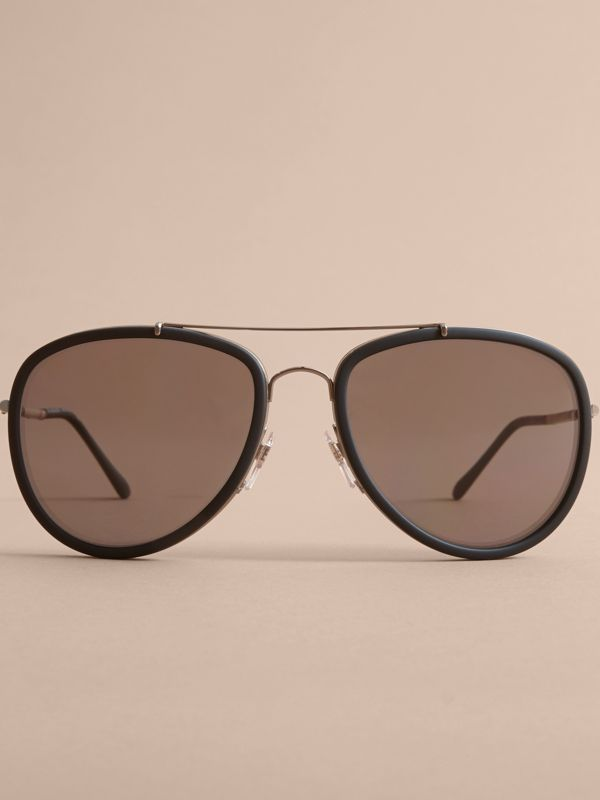 Check Detail Pilot Sunglasses in Black - Men | Burberry United States - cell image 2
