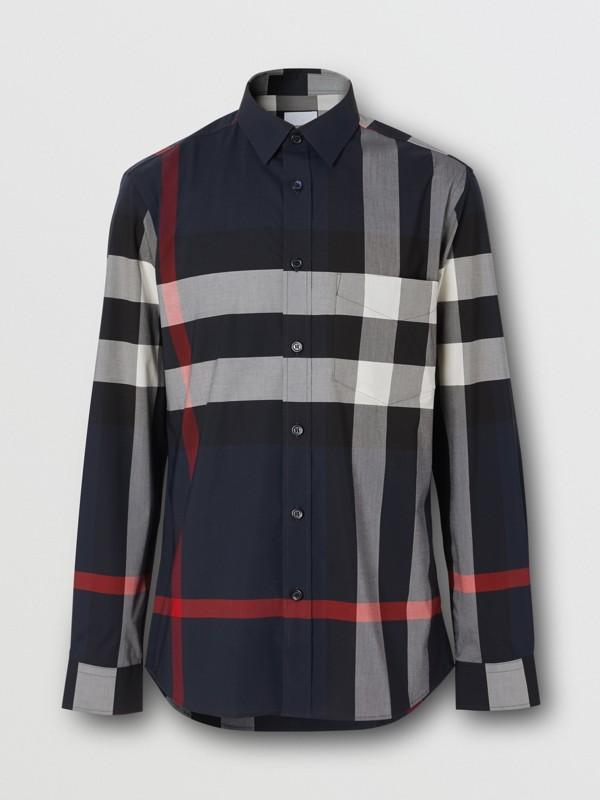 Camisa en popelina de algodón elástico a cuadros (Azul Marino) - Hombre | Burberry - cell image 3