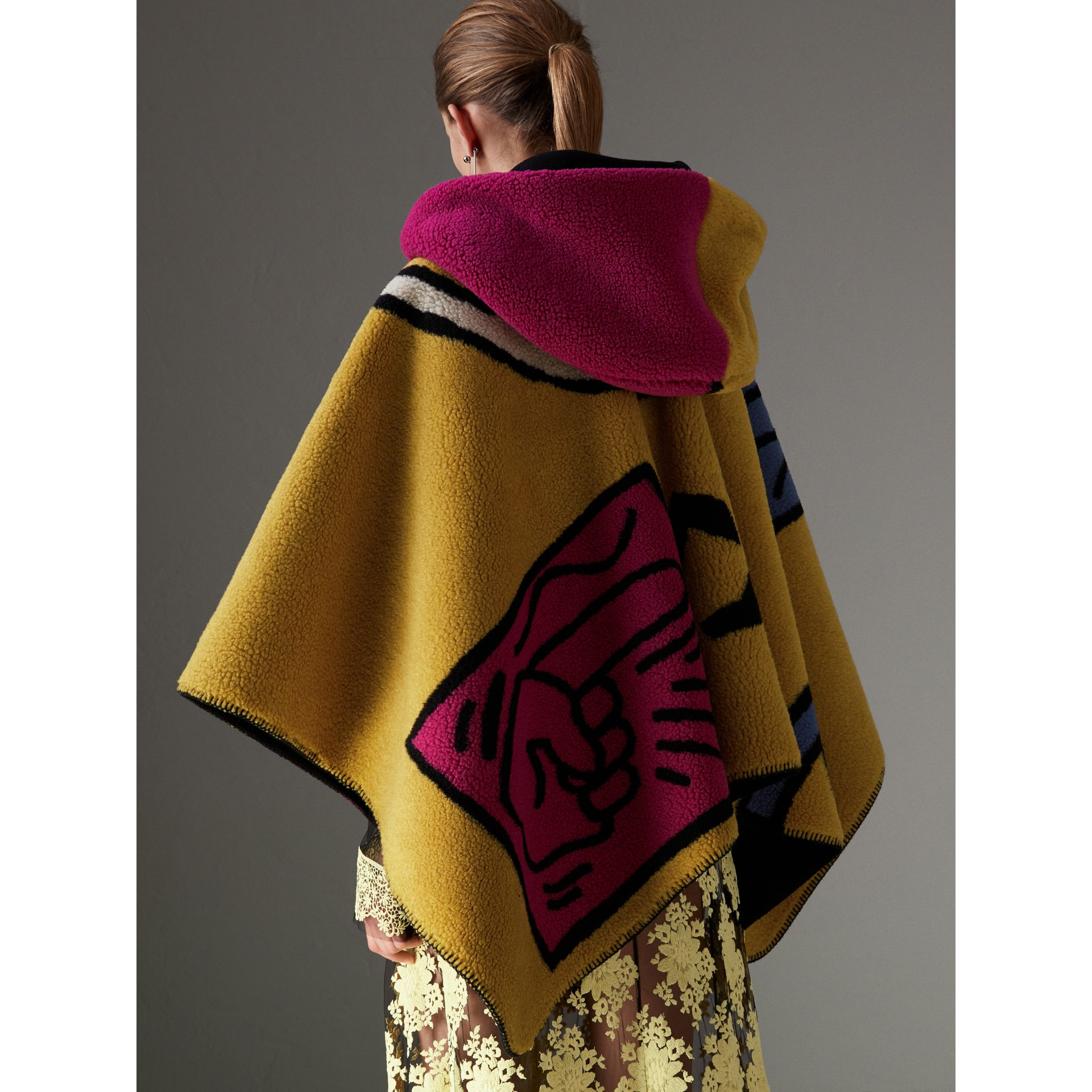 Poster Graphic Fleece Jacquard Hooded Poncho in Multicolour - Women | Burberry - gallery image 2