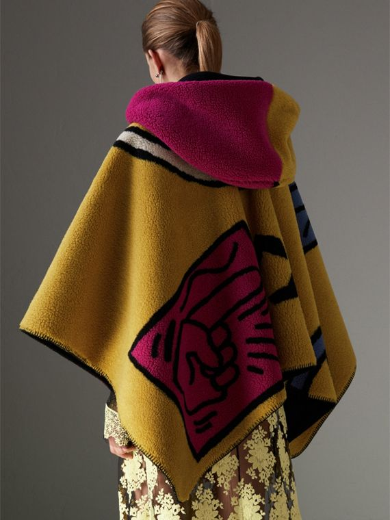 Poster Graphic Fleece Jacquard Hooded Poncho in Multicolour - Women | Burberry - cell image 2