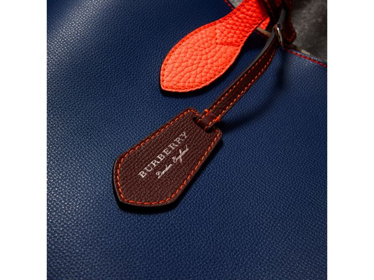 Medium Two-tone Coated Leather Tote in Dark Ultramarine | Burberry Australia - cell image 1