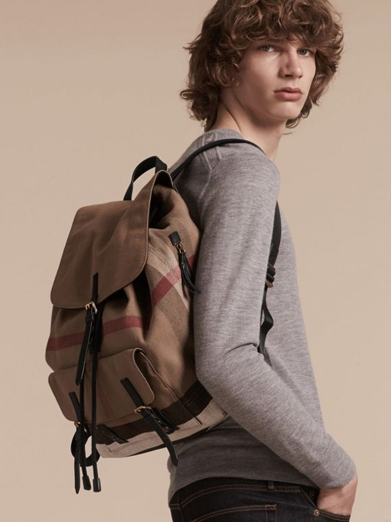 Black Canvas Check Backpack - cell image 2