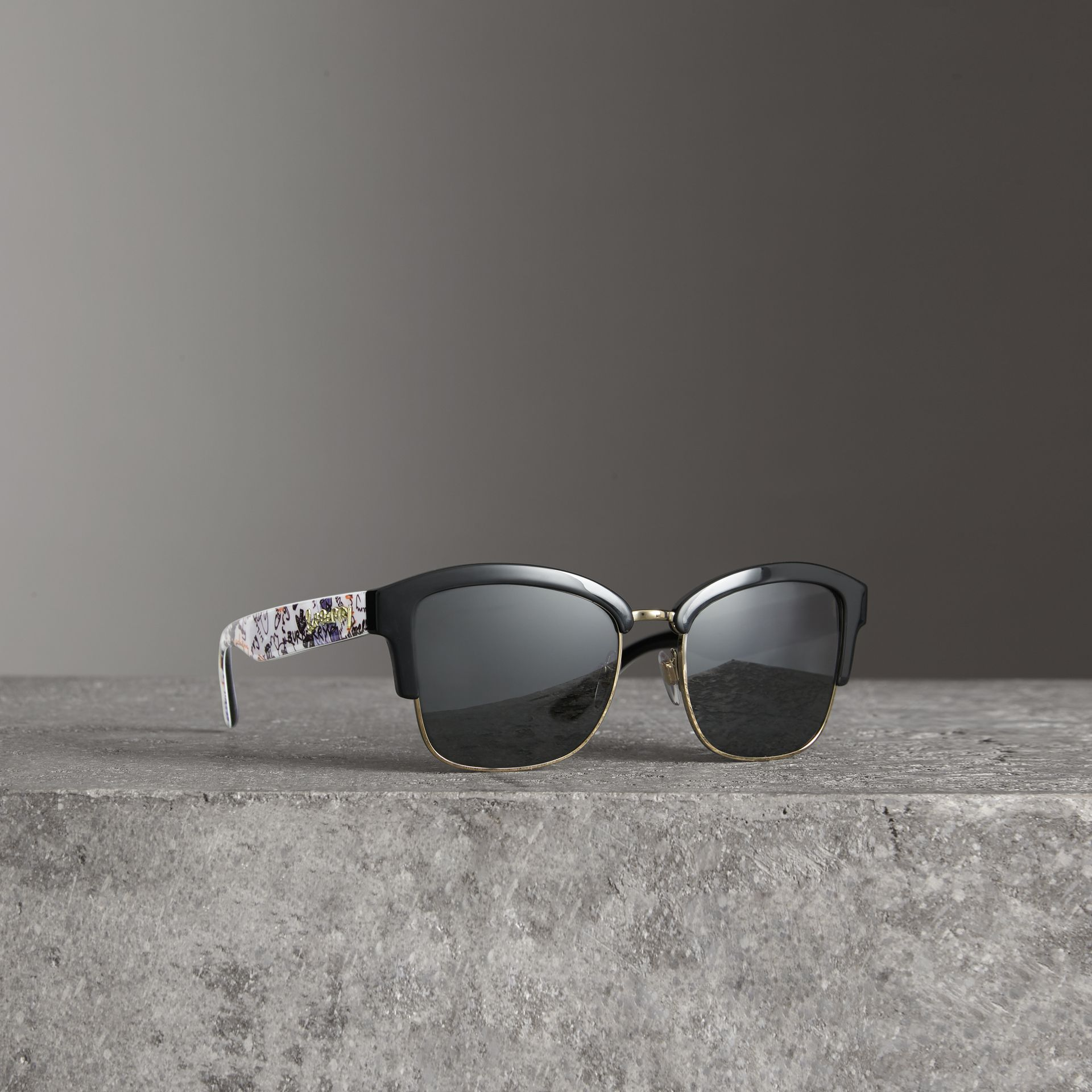 Doodle Square Frame Sunglasses in Black - Women | Burberry - gallery image 0