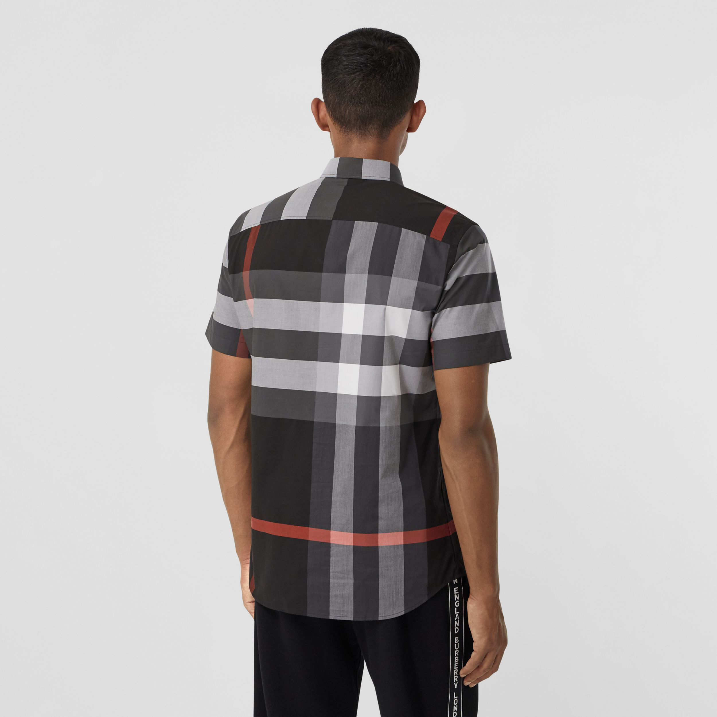 Short-sleeve Check Stretch Cotton Poplin Shirt - Men | Burberry - 3