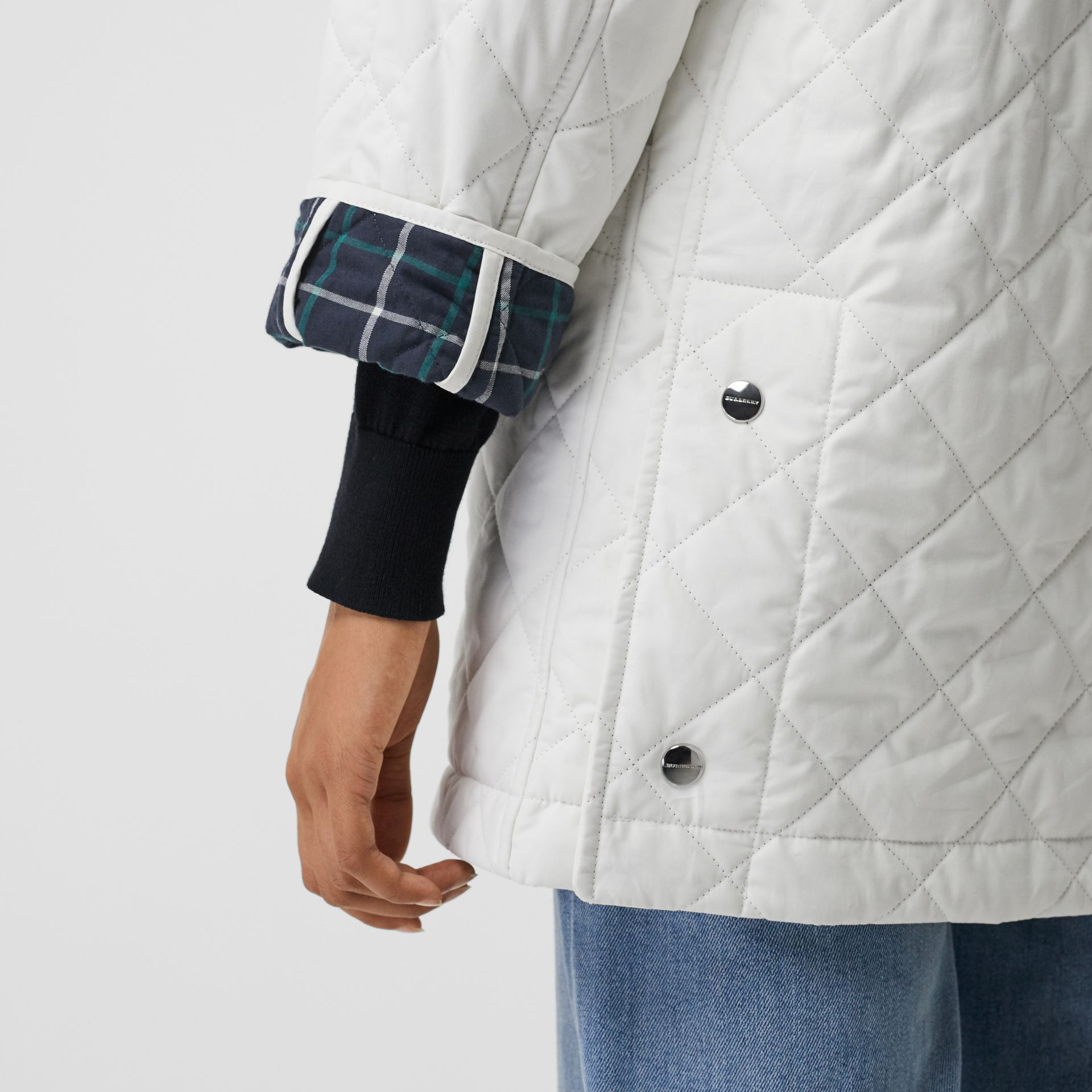 Diamond Quilted Oversized Hooded Parka in Ash White - Women | Burberry - gallery image 3