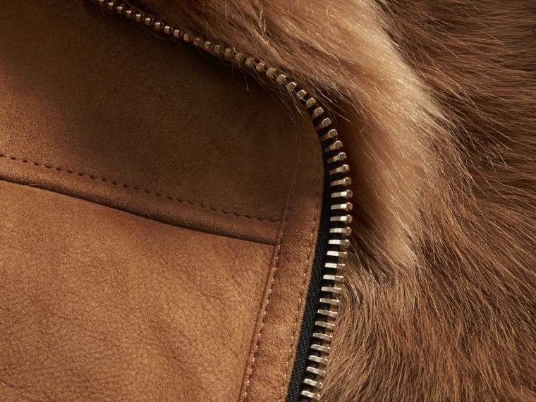 Cammello scuro Gilet in shearling Cammello Scuro - cell image 1