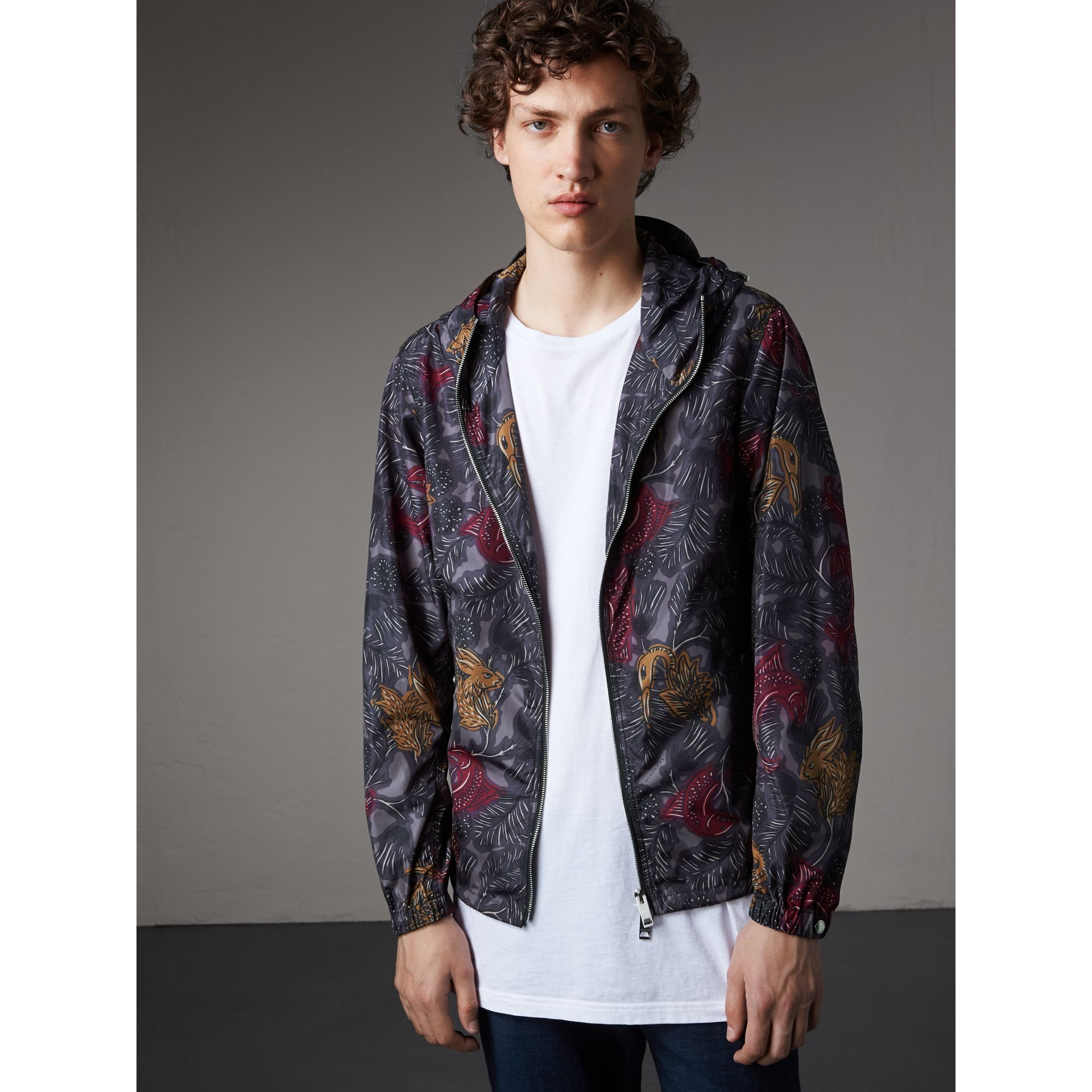 Beasts Print Super-lightweight Hooded Jacket in Navy Grey - Men | Burberry - gallery image 6