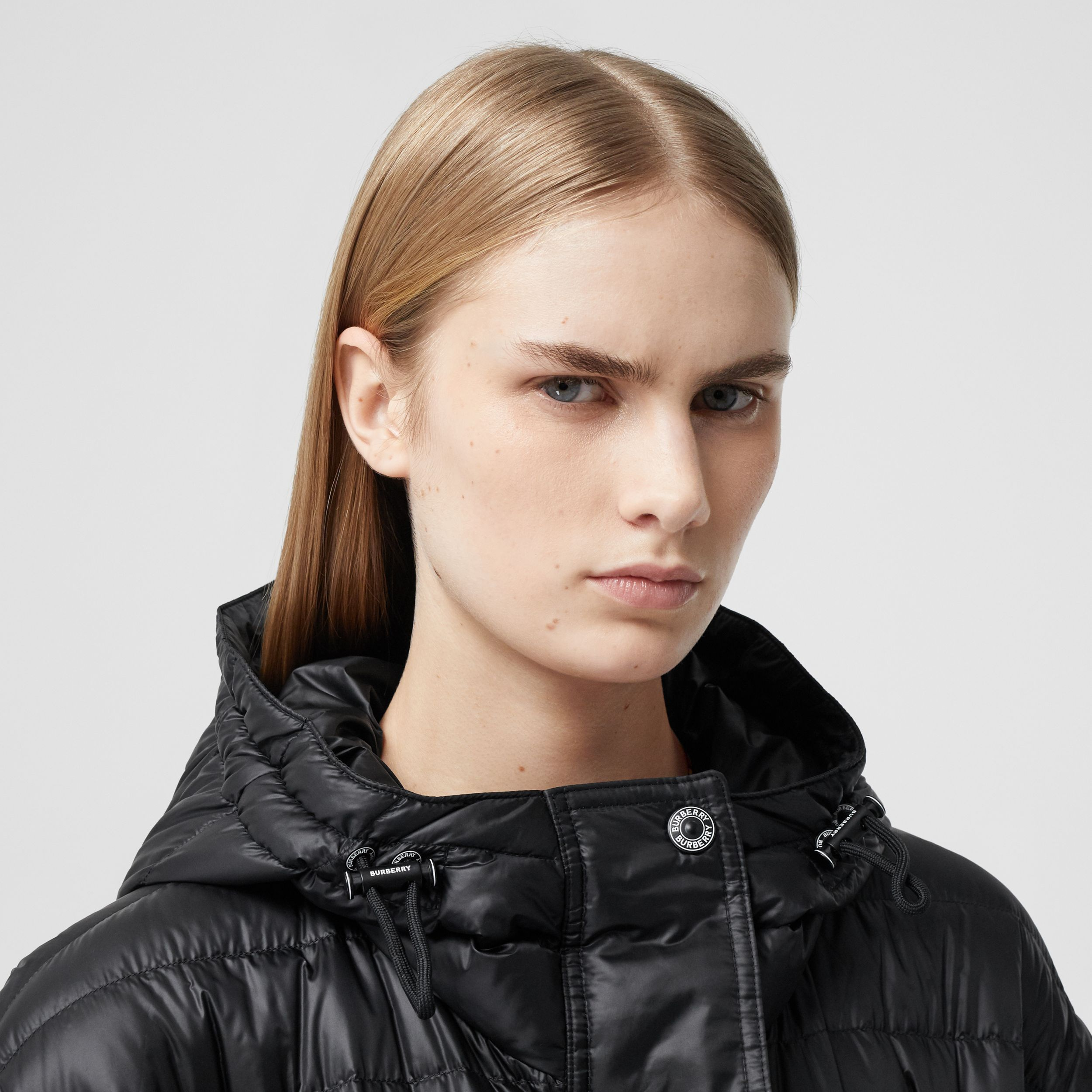 Logo Tape Lightweight Hooded Puffer Coat in Black - Women | Burberry - 4