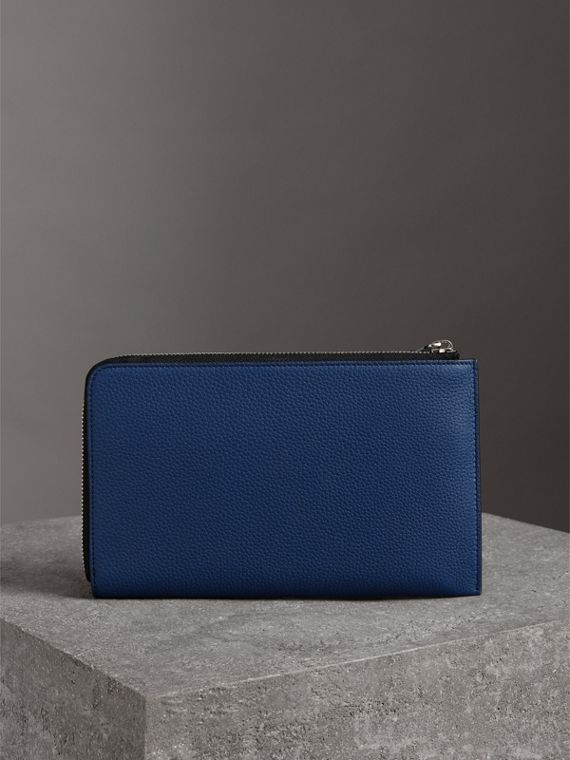 Two-tone Grainy Leather Travel Wallet in Bright Ultramarine - Men | Burberry United Kingdom - cell image 2