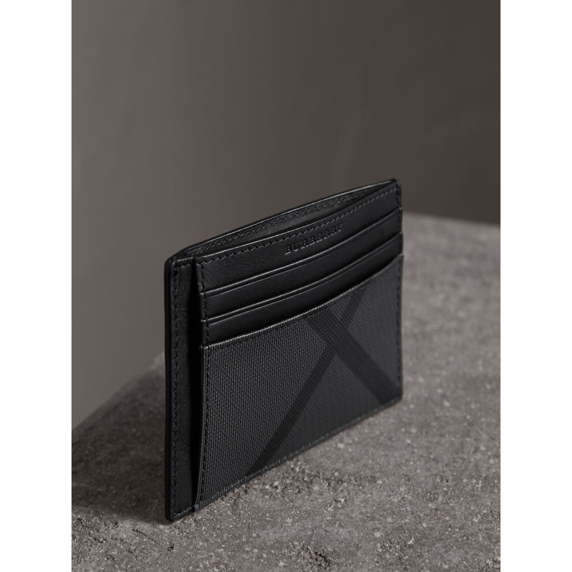London Check Money Clip Card Case in Charcoal/black - Men | Burberry - gallery image 3