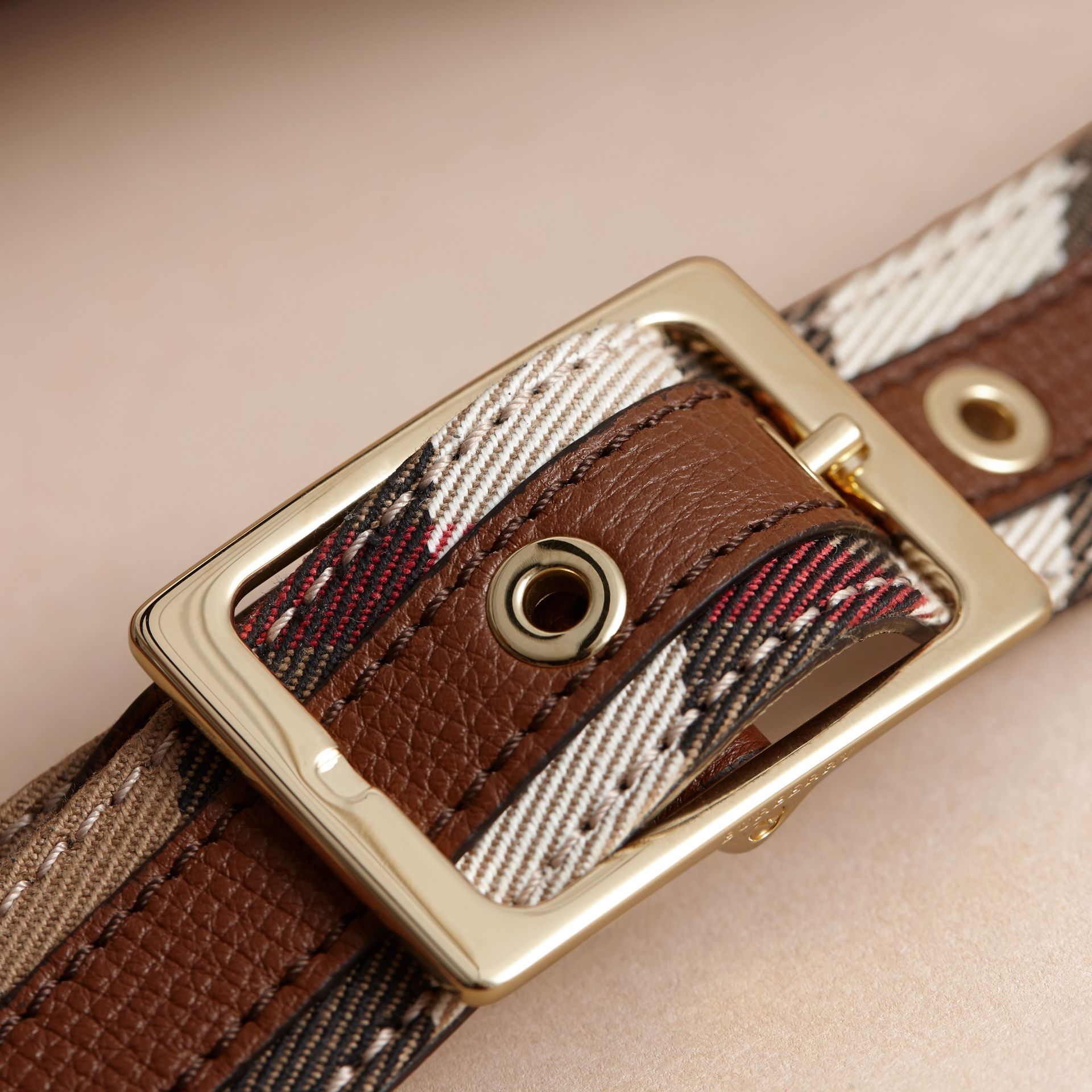 House Check and Grainy Leather Belt in Camel/tan - Women | Burberry - gallery image 2