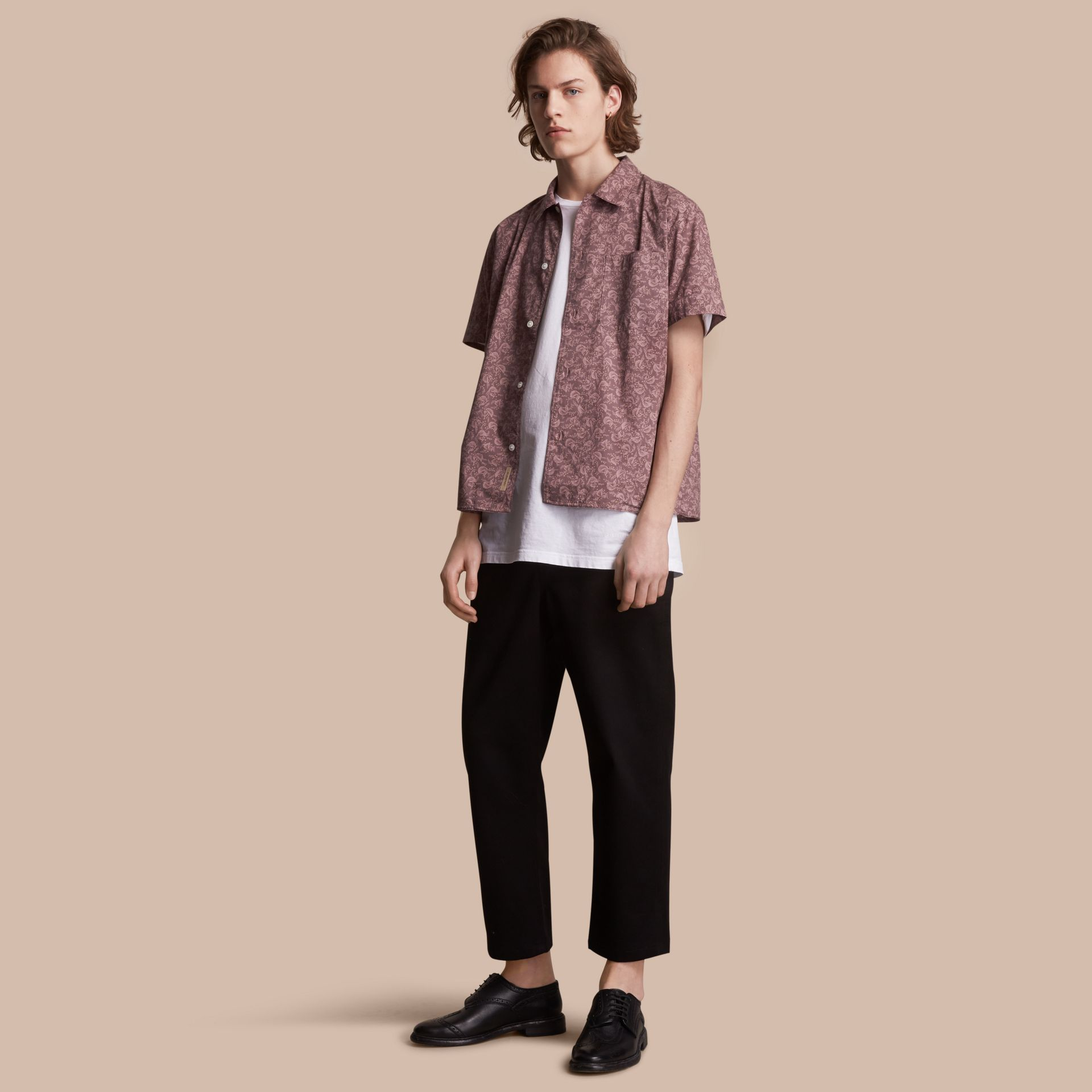 Short-sleeve Leaf Print Cotton Shirt in Mauve - Men | Burberry - gallery image 1