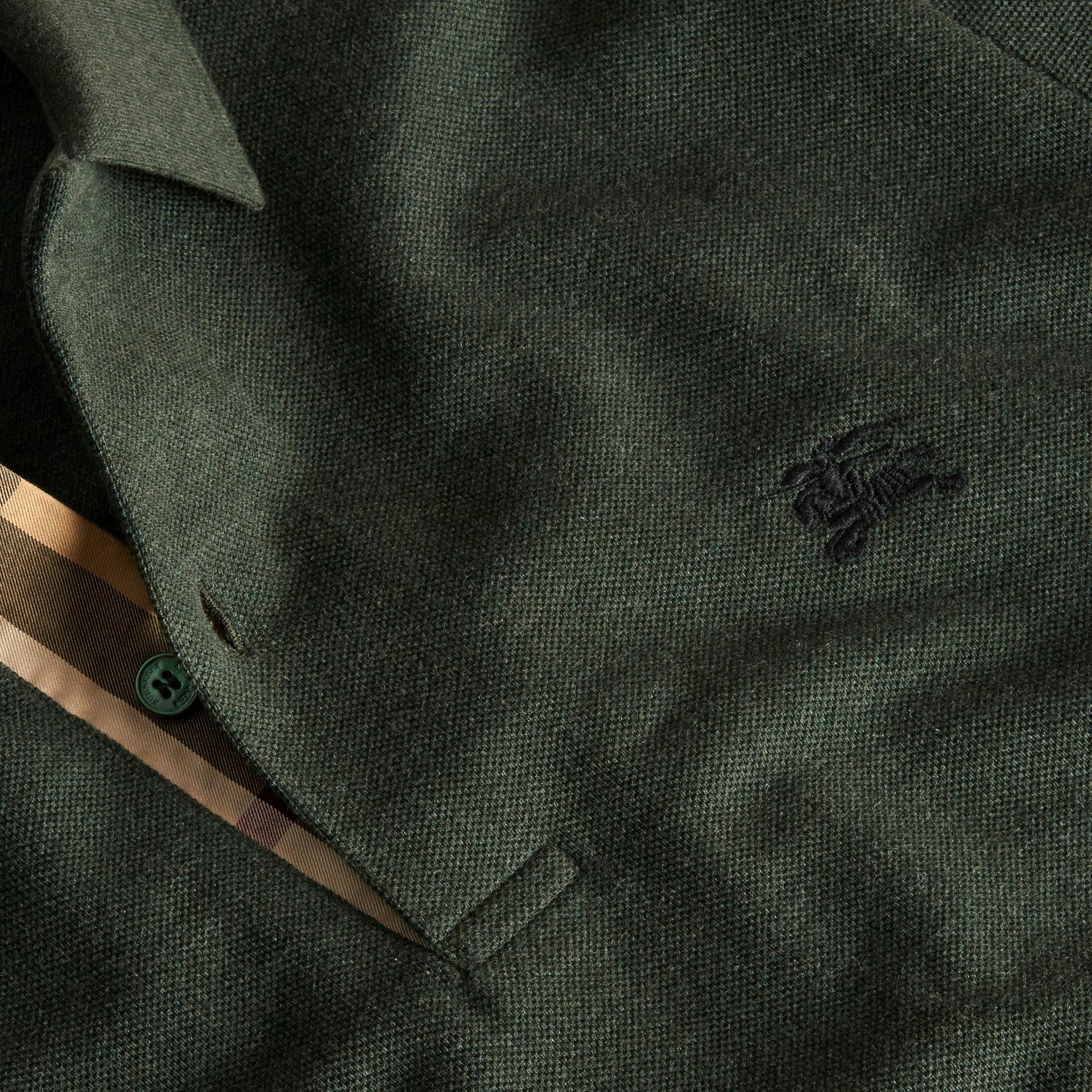 Camaïeu de verts racing Polo en piqué de coton avec patte à motif check Camaïeu  Verts Racing - photo de la galerie 2