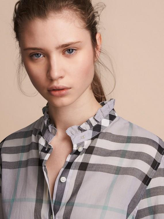 Camisa en algodón a cuadros con detalles avolantados Lavanda Pálido