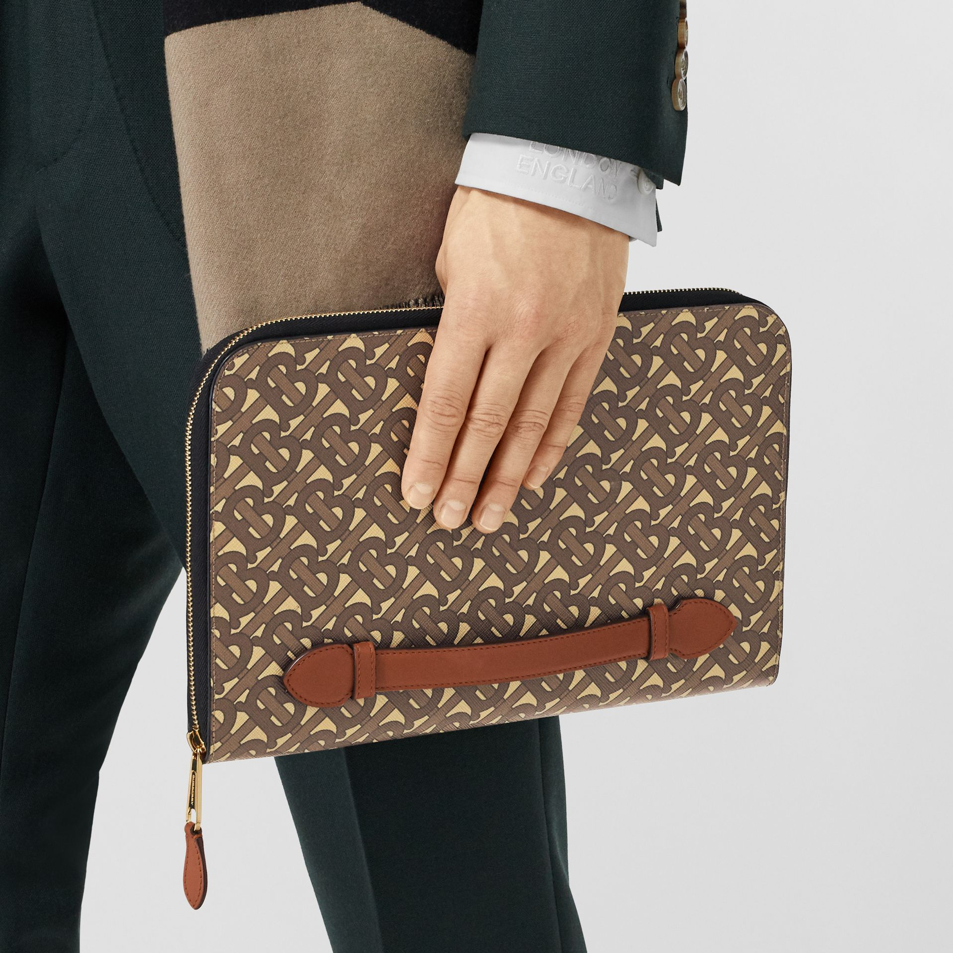 Monogram Print E-canvas and Leather Ziparound Pouch in Bridle Brown | Burberry Hong Kong S.A.R - gallery image 10
