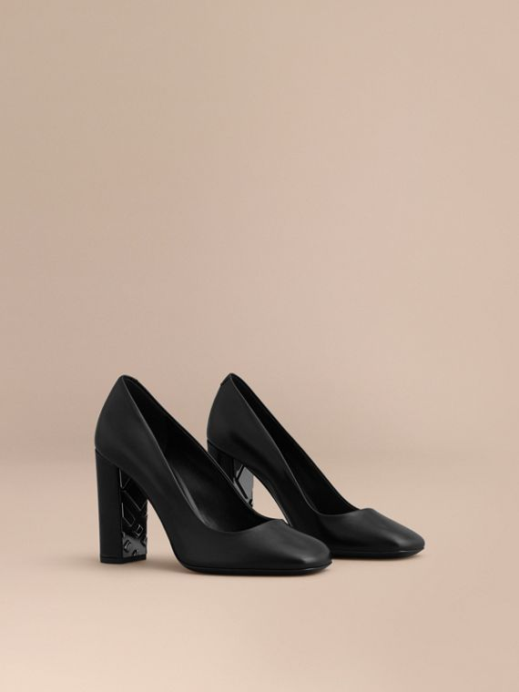 Check Heel Detail Leather Pumps