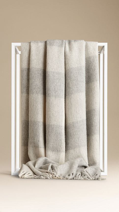 Pale grey Check Cashmere Blanket - Image 2
