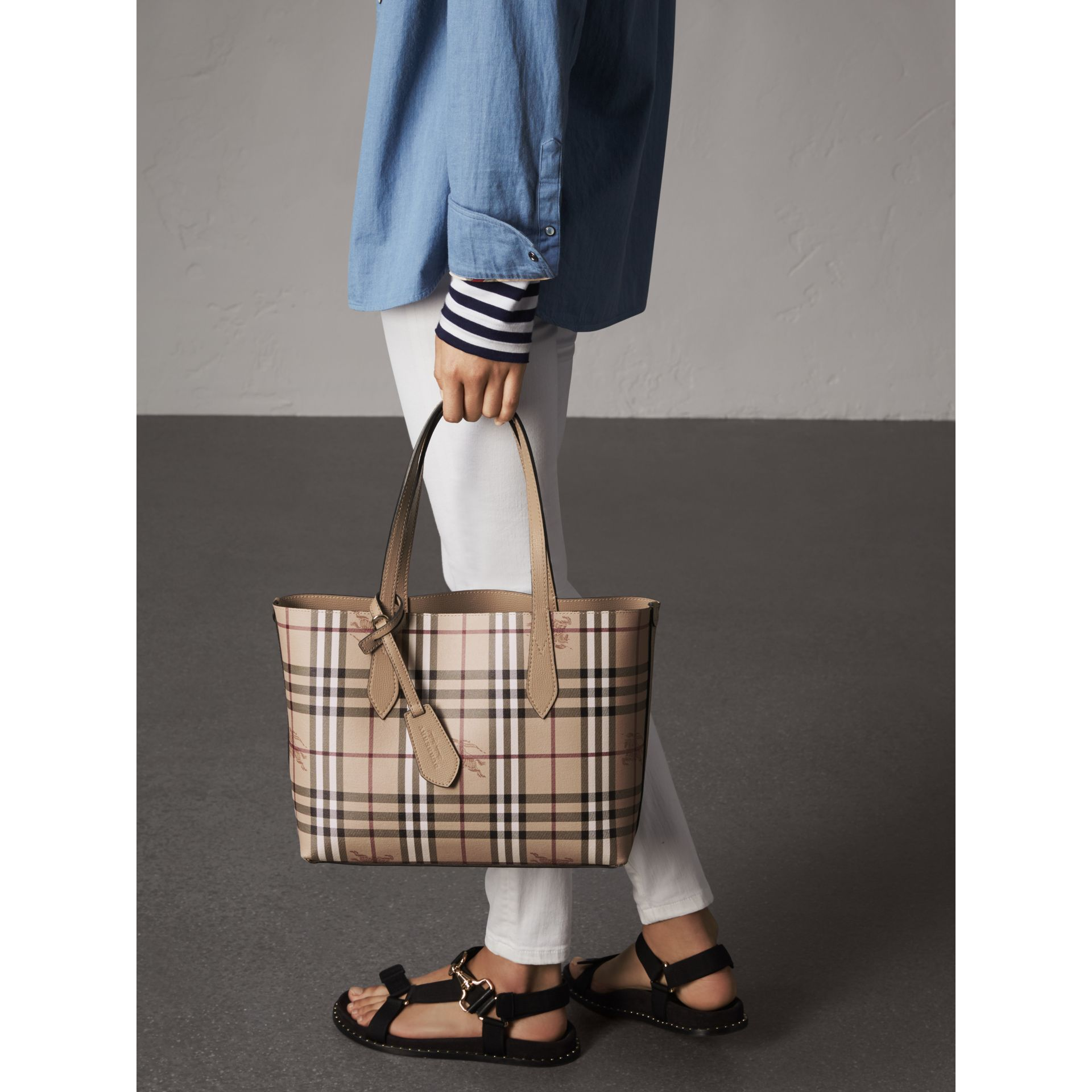 The Small Reversible Tote in Haymarket Check and Leather in Mid Camel - Women | Burberry - gallery image 3