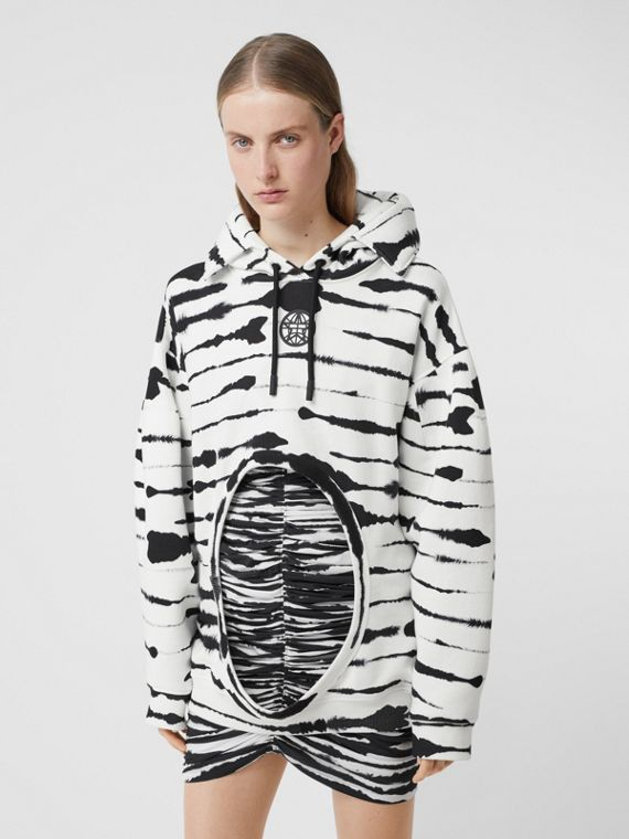 Cut-out Detail Watercolour Print Cotton Hoodie in White/black