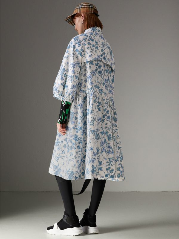 Reissued 2005 Floral Print Linen Dress Coat in Blue China - Women | Burberry Australia - cell image 2