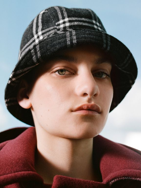 Gosha x Burberry Check Flannel Bucket Hat in Charcoal | Burberry - cell image 1