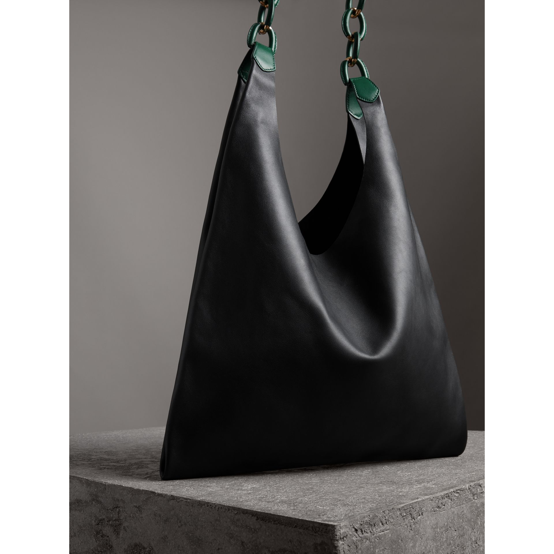 Medium Two-tone Leather Shopper in Black - Women | Burberry Australia - gallery image 2