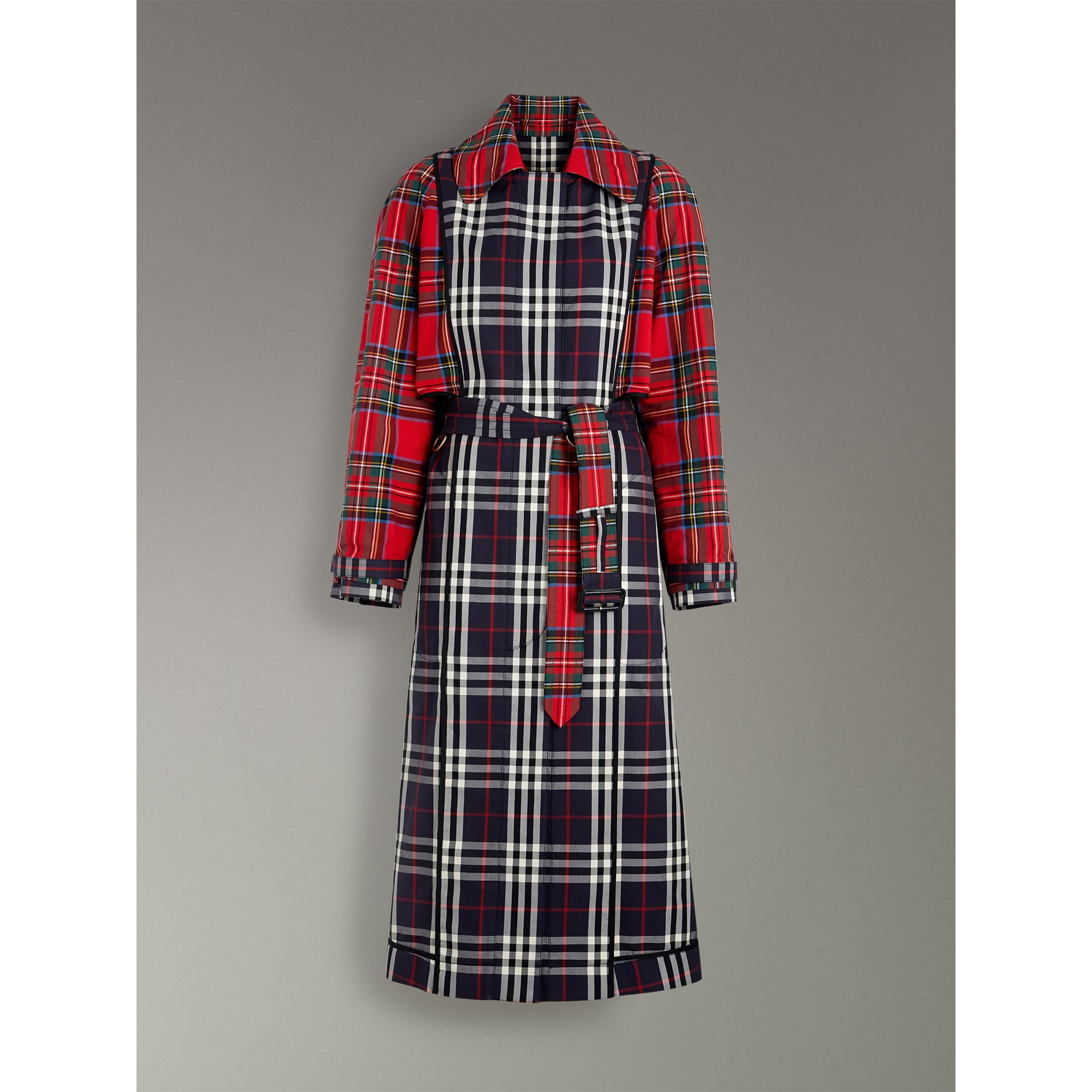 Check and Tartan Cotton Trench Coat in Navy - Women | Burberry - gallery image 3