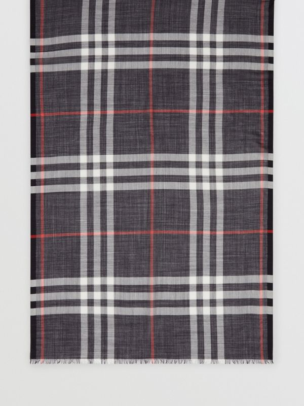 Lightweight Check Wool Silk Scarf in Navy | Burberry - cell image 3