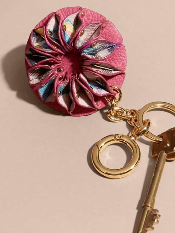 Plum pink Floral Print Haymarket Check Concertina Key Charm Plum Pink - cell image 2