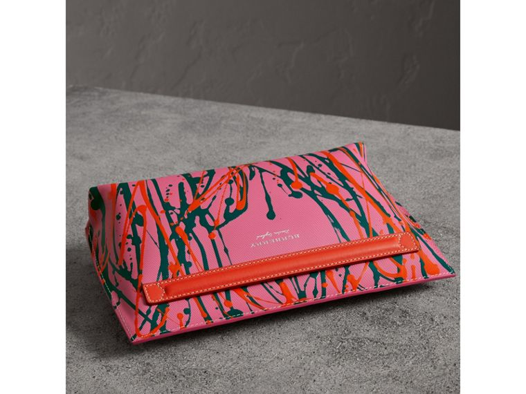 Splash Trench Leather Pouch in Rose Pink/orange Red - Women | Burberry United Kingdom - cell image 4