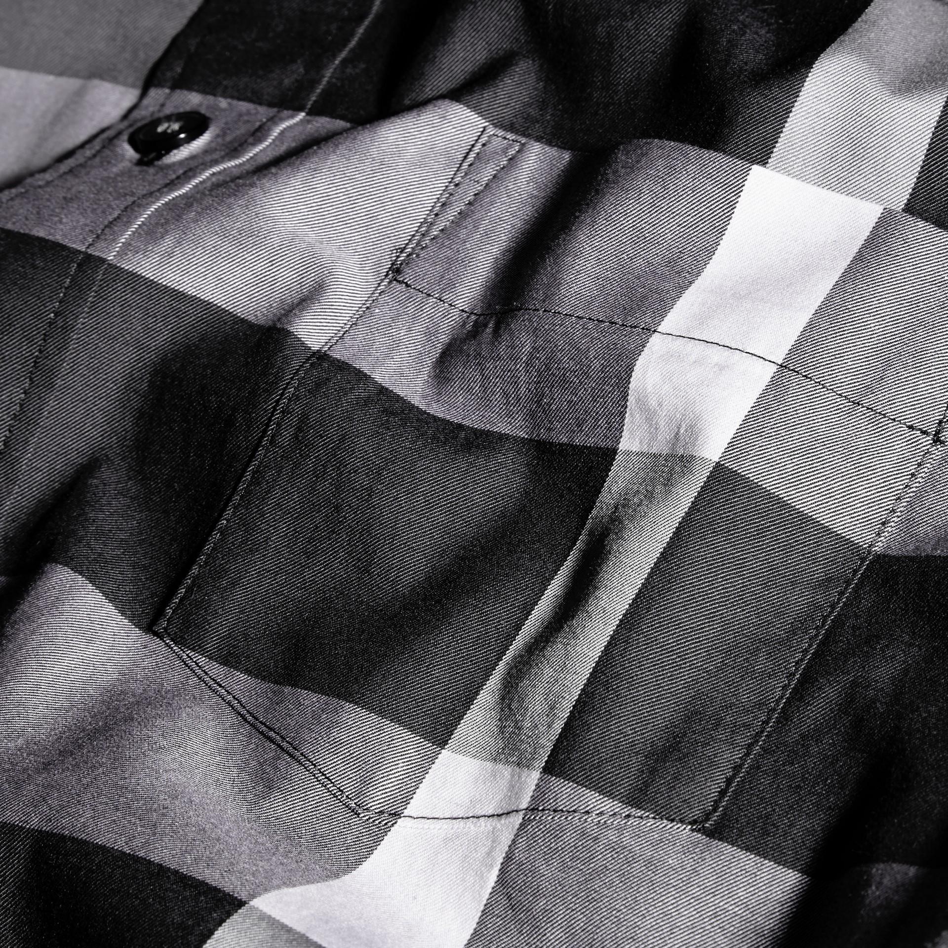 Nero Camicia in cotone con motivo check Nero - immagine della galleria 2