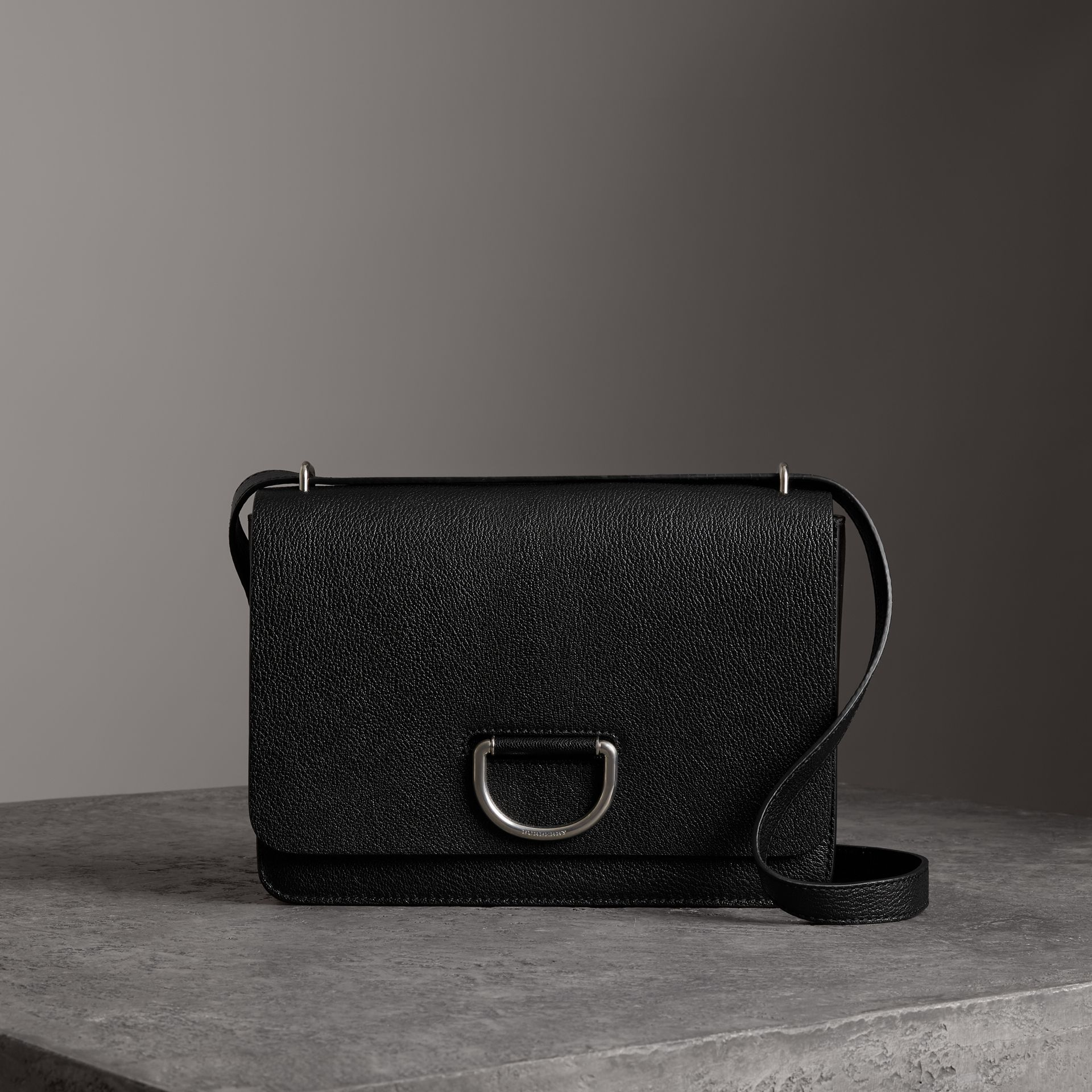 The Medium Leather D-ring Bag in Black - Women | Burberry Singapore - gallery image 0