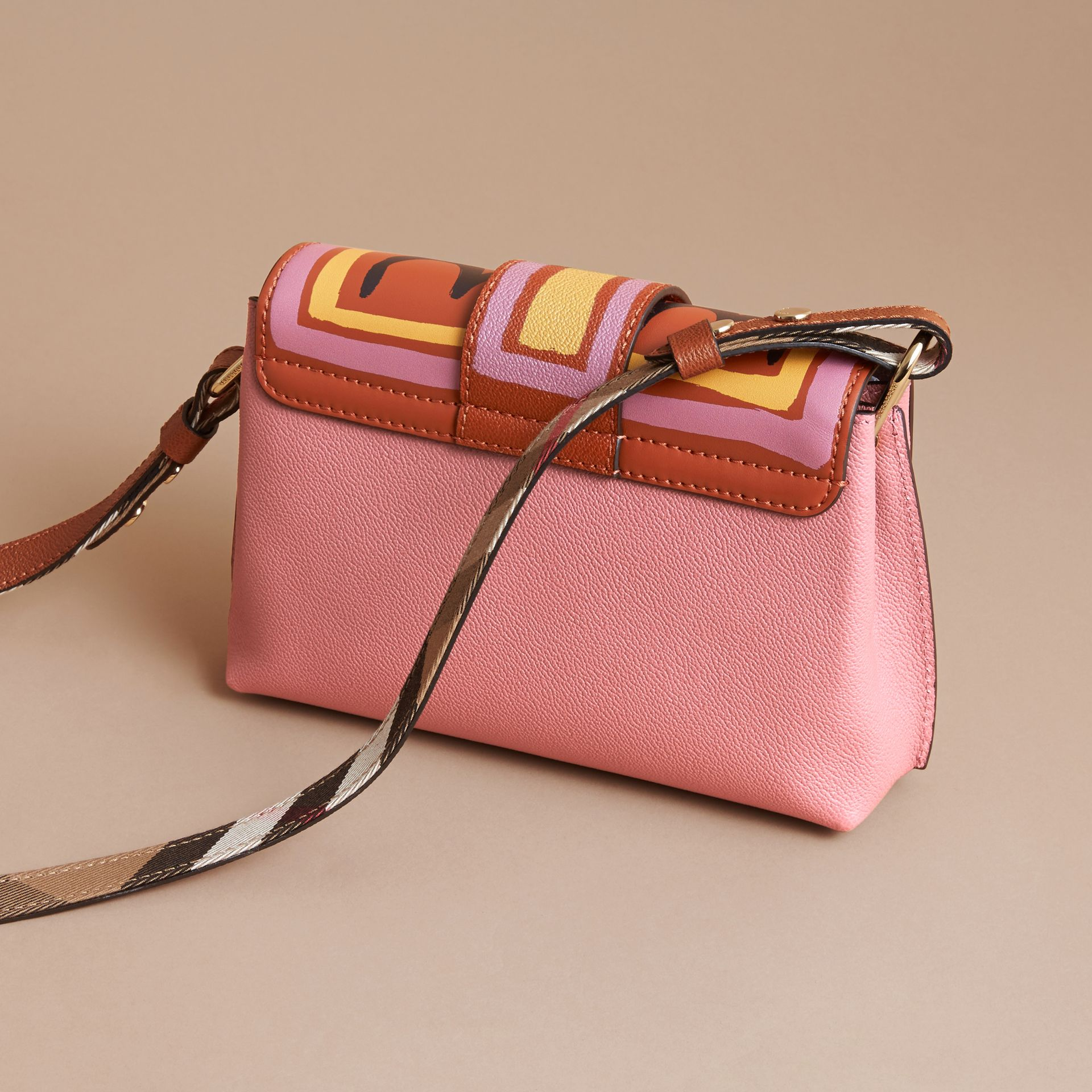 The Buckle Crossbody Bag in Trompe L'oeil Leather in Dusty Pink/bright Toffee - gallery image 4